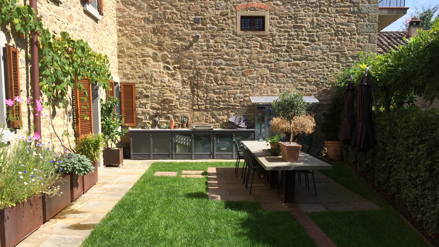 Three storey attached town house in Cortona Photo 4