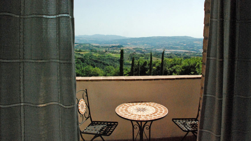 Traditional style farmhouse Umbria Photo 12